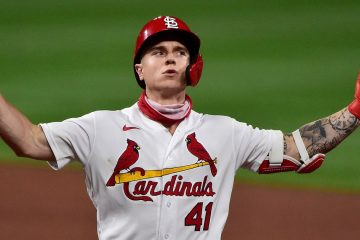 """""""Are you not entertained?"""" St. Louis Cardinals Outfielder Tyler O'Neill (c/o Fox Sports)"""